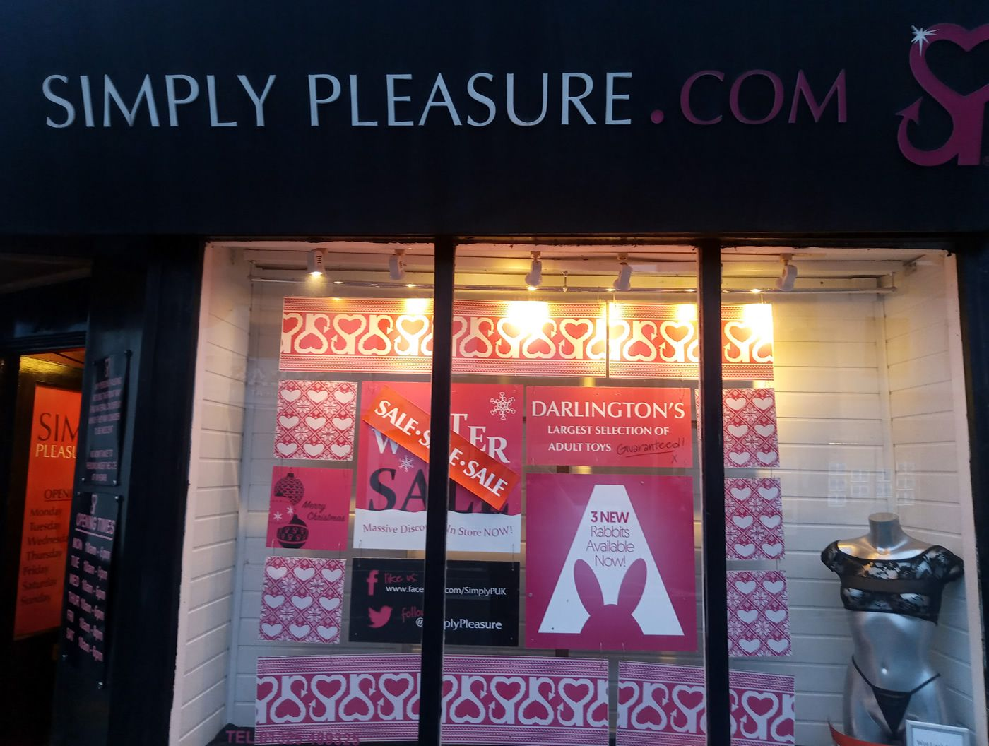 Darlington Simply Pleasure