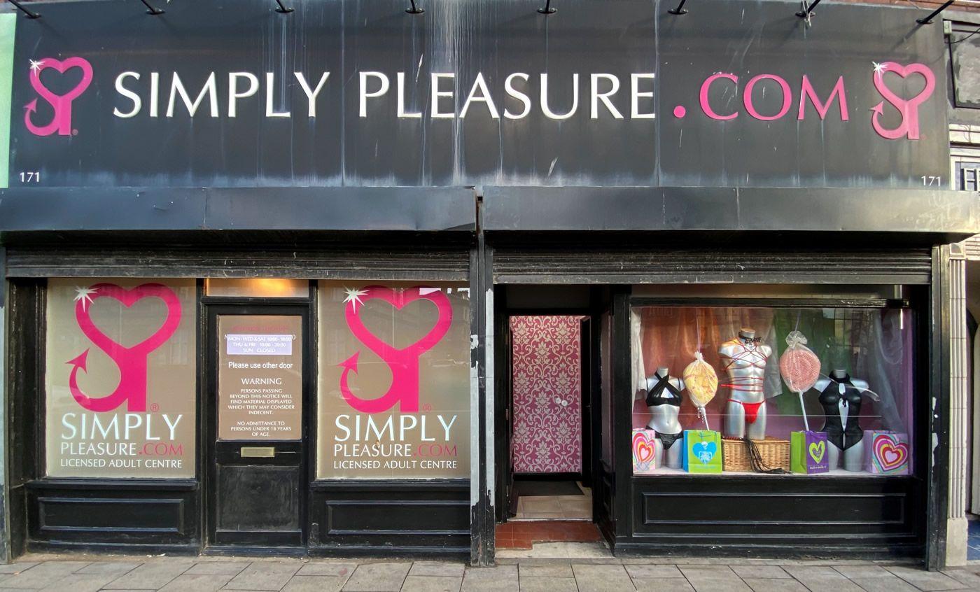 Hull Simply Pleasure